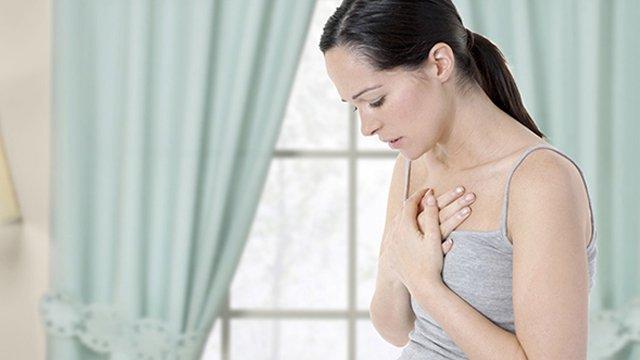 Khó thở thì bấm huyệt ở đâu để chữa khỏi