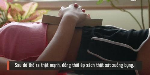 Người lười muốn giảm cân tập ngay bài tập 'nằm tại chỗ' của người Nhật